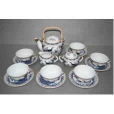 Сервиз чайный на 6 персон.